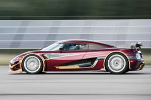 This Is What Driving A Koenigsegg Agera RS At 284 MPH Looks Like