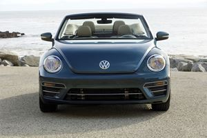 2018 Volkswagen Beetle Cabriolet Review