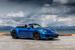 2017 Porsche 911 Carrera GTS Cabriolet Review