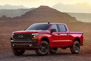 America's Raging Truck Market Relies On Chevy Guys And Ford Fanatics