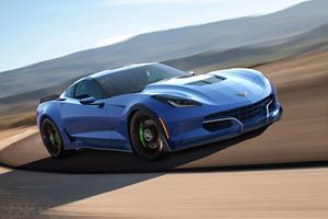 The Genovation GXE Is Your 800-HP Electric Corvette From Hell