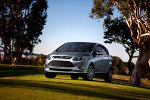 Detroit 2011: 2013 Ford C-Max Energi and C-Max Hybrid