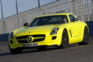Detroit 2011: Mercedes-Benz SLS AMG E-Cell