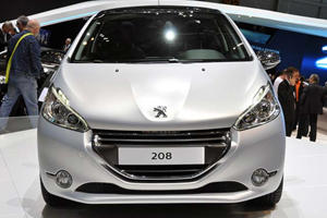 Three's Company: Peugeot 208, 208 GTi and 208 XY Concepts in Geneva