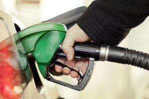 People In Oregon Are Freaking Out About Pumping Their Own Gas