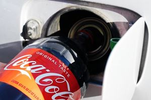 What Happens When You Pour Coca-Cola Into A BMW Gas Tank?