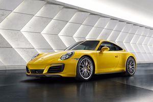 2018 Porsche 911 Carrera 4 Review