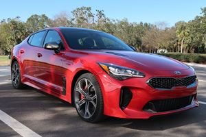 2018 Kia Stinger Review: The Underdog Story That We Should All Root For