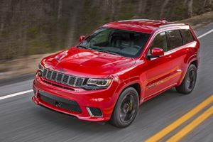 2018 Jeep Grand Cherokee Trackhawk Test Drive Review: It's Fast, Crazy Fast