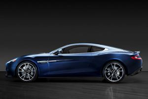 Like A Bond: Daniel Craig's 2014 Aston Martin Vanquish Up For Grabs
