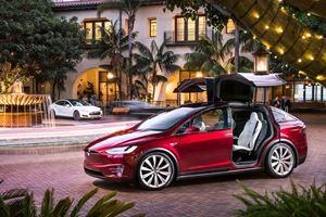 Tesla Destroys Mercedes And BMW In Their Own Back Yard