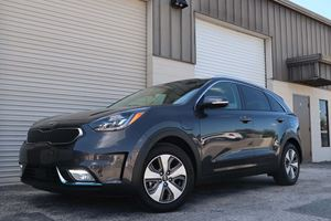 2018 Kia Niro PHEV Test Drive Review: The Best Everyday Hybrid On The Market