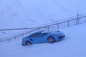 Watch A Porsche 911 Turbo S Plow Its Way Up A Snow-Covered Ski Slope