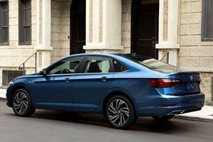 Bigger 2019 Volkswagen Jetta Gets Better Mileage