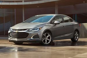 2019 Chevrolet Cruze Goes All Automatic, All The Time