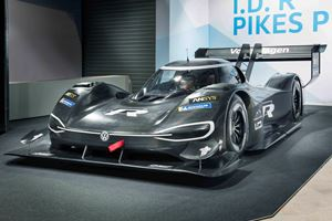 Volkswagen Reveals Fully Electric I.D. R Pikes Peak In The Flesh