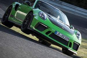 Chevrolet Helped The Porsche 911 GT3 RS Set Amazing Nurburgring Time