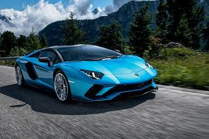 Lamborghini Aventador S Roadster Test Drive Review: Extreme Supercar Madness