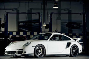 Vivid Racing Completes the Porsche 997.2 Turbo S Project