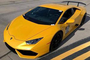 Watch A Lamborghini Huracan Set A New Half-Mile Record At 259 MPH