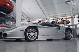 The 544-HP Porsche 911 GT1 Evo Was The First Mid-Engined 911