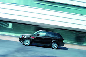 Land Rover Announce Range Rover Sport HSE Red and Luxury Editions