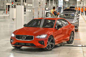 Volvo Delays Going Public Due To Current Trade Tensions
