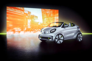Electric Smart Concept Car Goes Topless For Paris