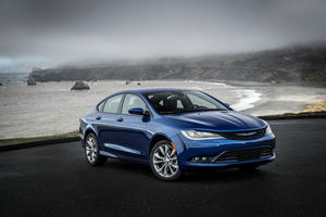 Chrysler 200 Sedan