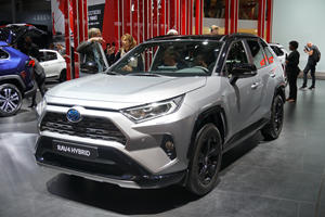 2019 Toyota RAV4 Chief Engineer: Gas Station Trips Every Two Weeks Are A Waste Of Time
