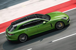 Porsche Panamera GTS And Panamera GTS Sport Turismo Arrive Packing 453 HP