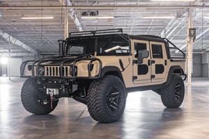 This Baja-Ready Custom-Built Hummer H1 Costs Over $250,000