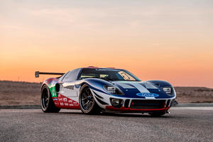New Ford GT Engine Gets Stuffed Into Classic GT40