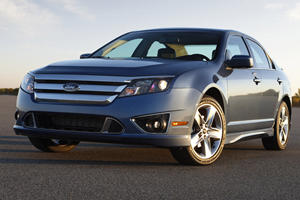 Read This If You Own A 2010 Ford Fusion Or 2010-2012 Lincoln MKZ