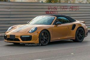 Porsche 911 Turbo S Exclusive Series Goes Topless