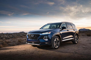 Drivers Can Now Give Hyundai Santa Fe The Finger