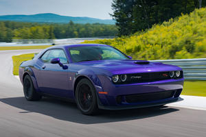 Dodge Challenger's 5.7-Liter V8 Hemi To Be Replaced By Inline Six?
