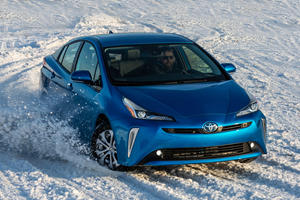 Toyota Prius Owners Defect To Tesla