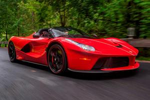 Nobody Wants This Pristine Ferrari LaFerrari Aperta