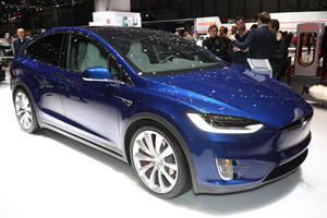Tesla Model X Driver Blames Autopilot For Accident
