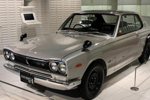 Japanese Tuner Icons: Nissan Skyline GT-R