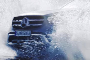 2020 Mercedes GLC Shows Its New Face