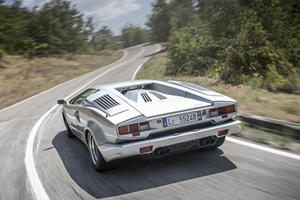 Lamborghini Wants To Celebrate Countach And Diablo