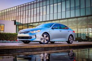 2018 Kia Optima Plug-In Hybrid Review