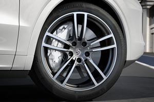 Porsche Develops Trick New Brakes
