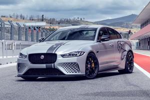 Jaguar XE SV