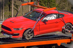 FAIL: Shelby GT 350 Driver Shows Us How Not To Do It At The Nurburgring