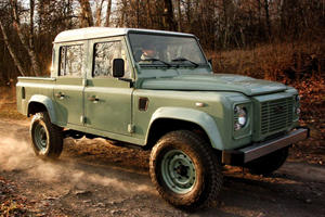 You Can Still Get An Old School Land Rover Defender Built New