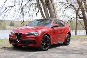 2019 Alfa Romeo Stelvio Quadrifoglio Test Drive Review: The Ultimate Driver's SUV