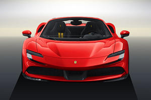 Ferrari SF90 Stradale Looks Stunning As A Spider